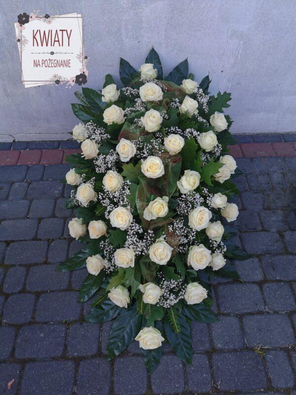 Wiązanka duża na pogrzeb z róż i z dekoracją
