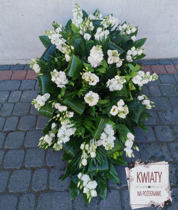 Wiązanka pogrzebowa duża z naturalnych kwiatów