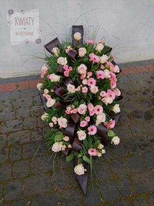 Wiązanka z naturalnych kwiatów na pogrzeb